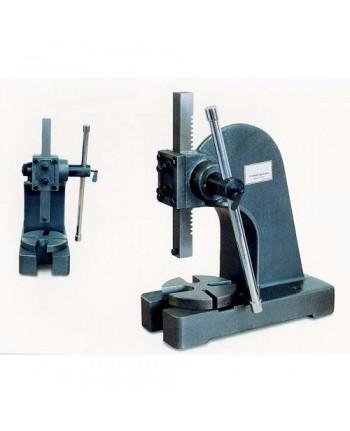 Optimum - OPT111OP9012 - Pressa Manuale Universale Modello DDP 20 - Max Altezza Pezzo 195 Mm - Dimensioni 430x235x680 Mm
