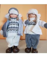 Coppia bambini in ceramica grigio e bianco 33cm per decorazione Natalizia